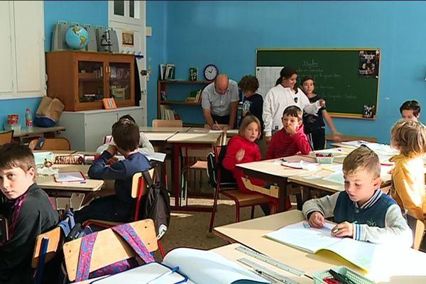 Deuxième jour de classe dans les nouveaux locaux de la calandreta de Périgueux