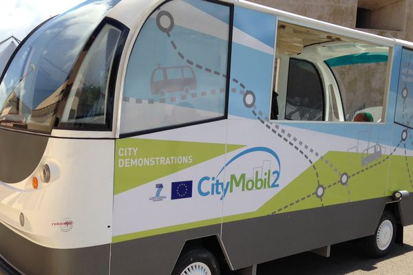 Les City Mobol 2, véhicules de transposts sans chauffeur à La Rochelle