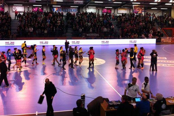 Le Fleury Loiret Handball victorieux face à Nîmes, le 4 mars 2015.