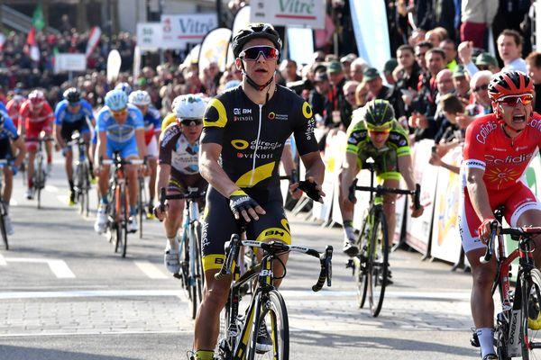 Bryan Coquard remporte la 21e Route Adélie à Vitré (35)