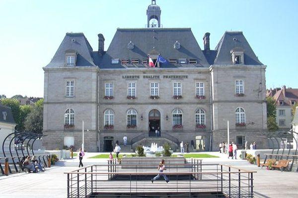 Le Creusot, en Saône-et-Loire, est un des bastions du PS