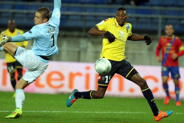 Le Sochalien Toko Ekambi inscrit le premier but de la rencontre.