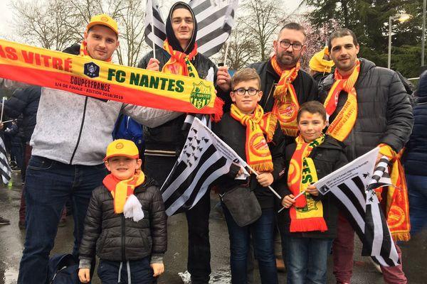 Les supporters à fond derrière l'AS Vitré pour le 1/4 de finale de Coupe de France contre Nantes.