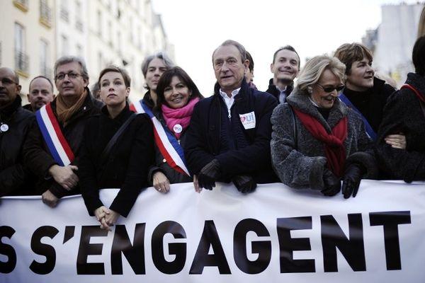 Le maire de Paris Bertrand Delanoë, son adjointe Anne Hidalgo mais aussi Clémentine Autain et Pierre Laurent (PC) ont pris part à la manifestation parisienne.