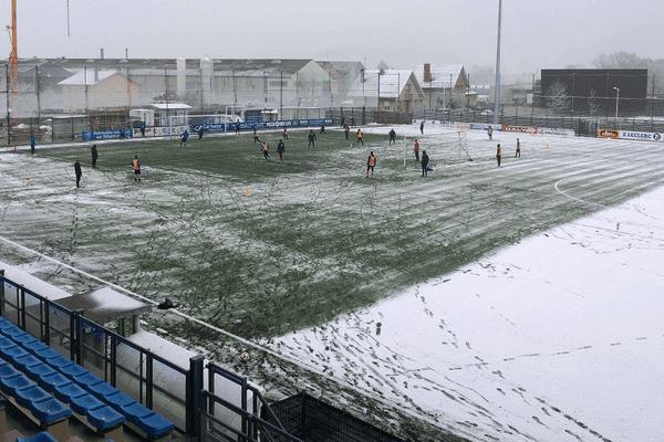 Des conditions un brin dantesques pour le dernier entrainement du FBBP01 : neige, vent, froid... à la clé : un 8ème de finale de Coupe de France contre l'OM et des rêves d'exploit.