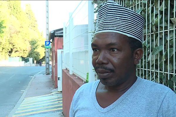"""Ali Nathoir est un père effondré : """"c'est un crime"""". Sa fille enceinte de 8 mois est morte, percuté par un chauffard à Montpellier."""