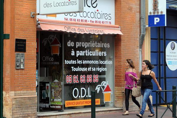 Plus d'extérieur, plus de campagne : à Toulouse les demandes des clients ont changé dans certaines agences.