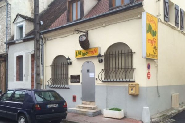 Bar le Latino - Montargis (Loiret) - archives