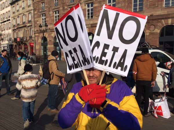 Une manifestation anti-Ceta est également organisée place Kléber à Strasbourg