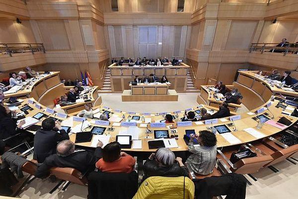 Montpellier - une séance de la commission permanente du conseil régional LRMP - mars 2016.