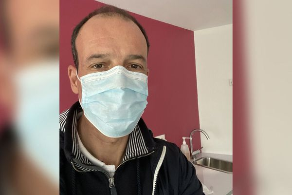 Les infirmiers attendent des masques adaptés à la situation.