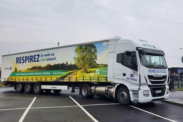 Un appel à projet est lancé pour faire rouler près de 150 véhicules avec du gaz naturel dans la région Auvergne-Rhône-Alpes, afin de réduire les gaz à effet de serre.