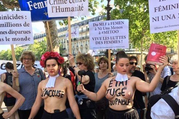 Manifestation contre les violences faites aux femmes place de la République samedi 6 juillet