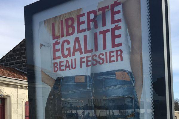 La pub du temps des Cerises ne passe pas pour Nantes Métropole