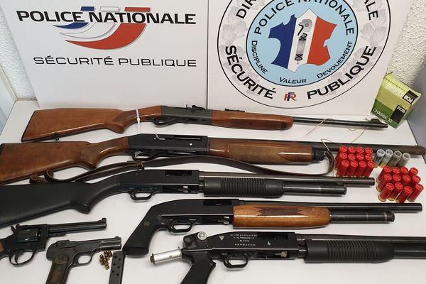 5 fusils et deux revolvers saisis lors du coup de filet dans 2 cités de Perpignan