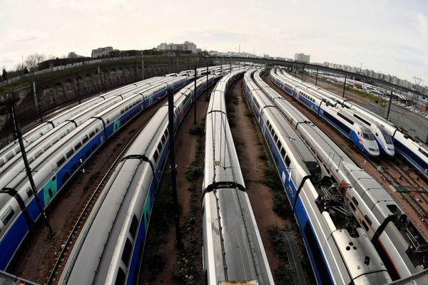 Les TGV stationnés en gare de Lyon le 4 avril 2018