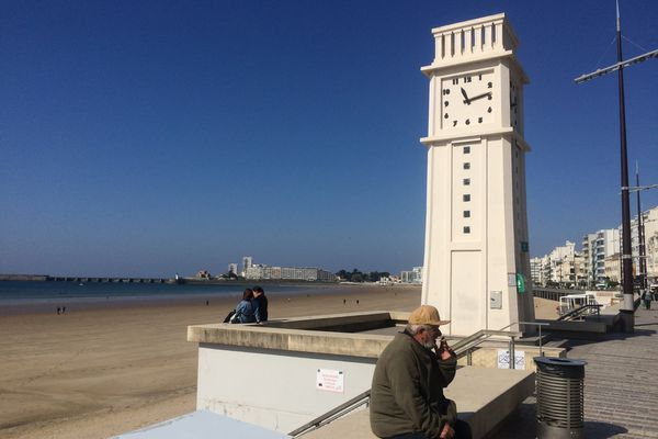 La plage des Sables d'Olonne en avril
