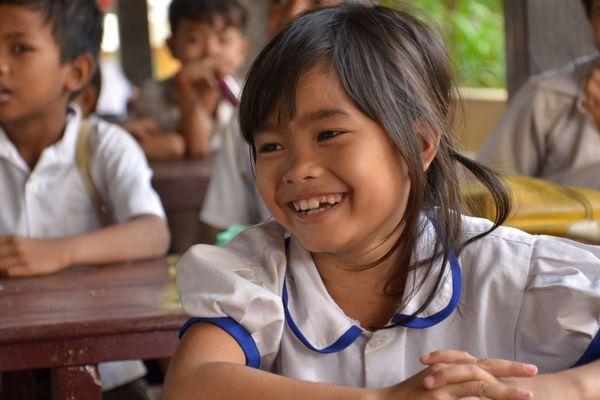 L'association Pour un Sourire d'Enfant nourrit, soigne et scolarise des milliers d'enfants cambodgiens