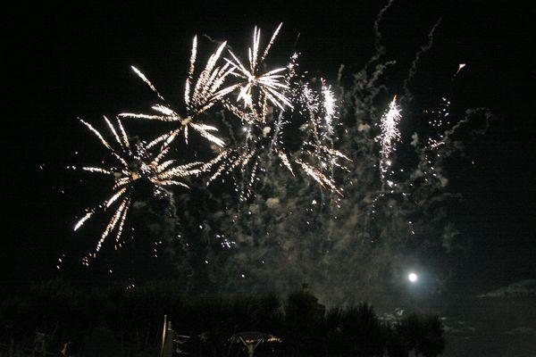 Le feu d'artifice prévu ce mercredi 14 juillet à Clermont-Ferrand est reporté à fin août à cause de la pluie.