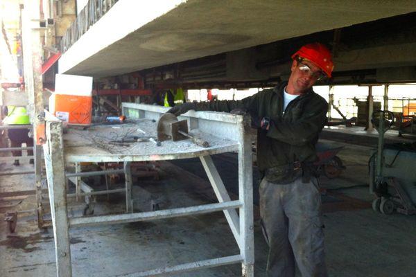 Le renforcement structurel du viaduc sud de Pont de Saint-Nazaire explique les ralentissements