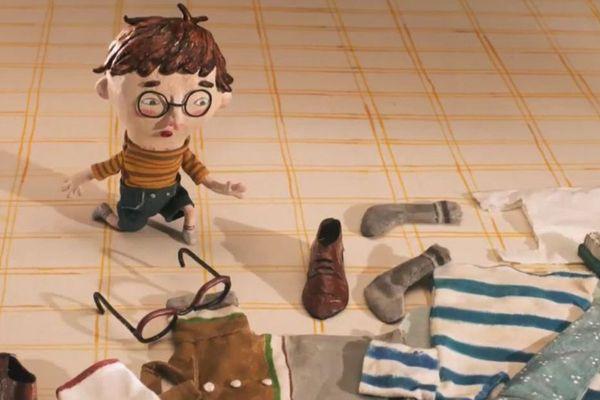 Le court-métrage raconte le lien entre un père et son fils autour d'un objet qui les rassemble : une valise.