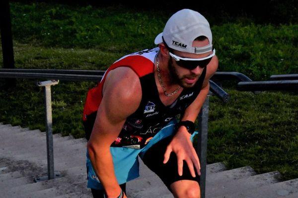 L'athlète orléanais Joris Jacquard en plein effort.