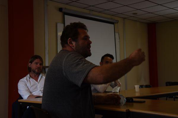 Christophe Paré (délégué syndical UNSA ArcelorMittal Florange) n'a pas ménagé la tête de liste de l'Appel Inédit dans le Grand Est.