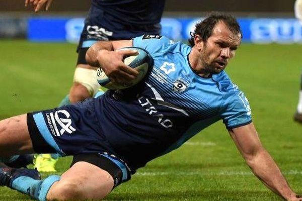 Bismarck Du Plessis, talonneur âgé de 34 ans, a prolongé son contrat avec le MHR, de deux saisons, jusqu'en 2020.