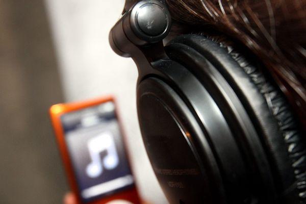 Quand l'oreille interne est endommagée par une musique trop forte, les lésions sont irréversibles.