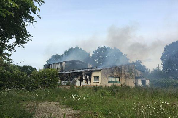 Incendie dans un hangar désaffecté à Bouguenais, le 11 mai 2020