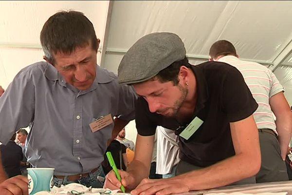 À Maumusson, candidats à une reprise et agriculteurs sur le départ se sont rencontrés