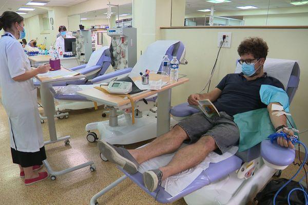 Il faut 1 700 dons par jour pour couvrir les besoins des hôpitaux en Île-de-France.