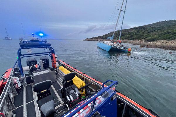 Un catamaran a subi une voie d'eau à cala di Fica, au nord d'Ajaccio, dans la nuit du 7 au 8 juillet.