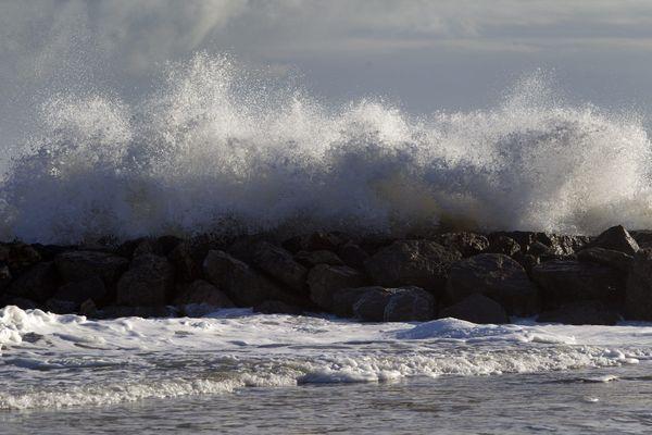 Le vent souffle en rafales sur la Côte d'Azur