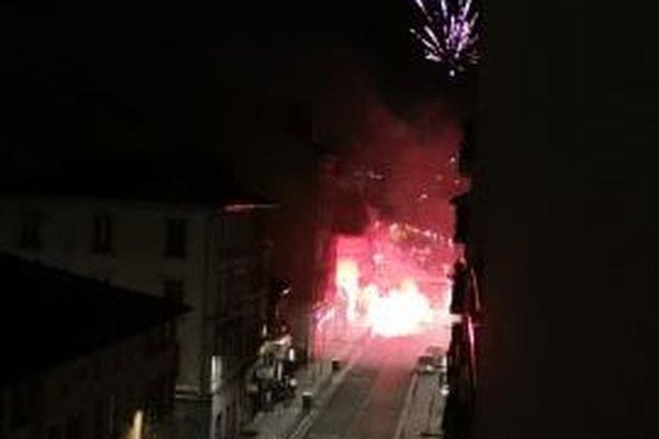 Une rue de Villeurbanne dans la nuit du 13 juillet photographiée par une internaute