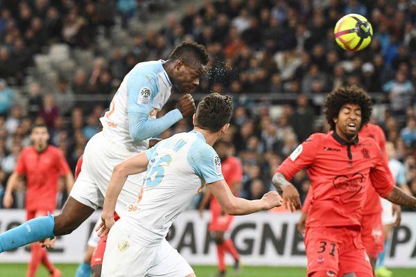 10/03/19 Ligue 1, Marseille-Nice : l'attaquant italien Mario Balotelli marque face à son ancien club.
