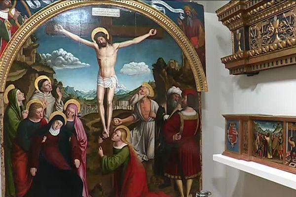 """Le retable """"La crucifixion du Christ"""" de Louis Bréa exposé au grand public au musée Masséna à Nice"""