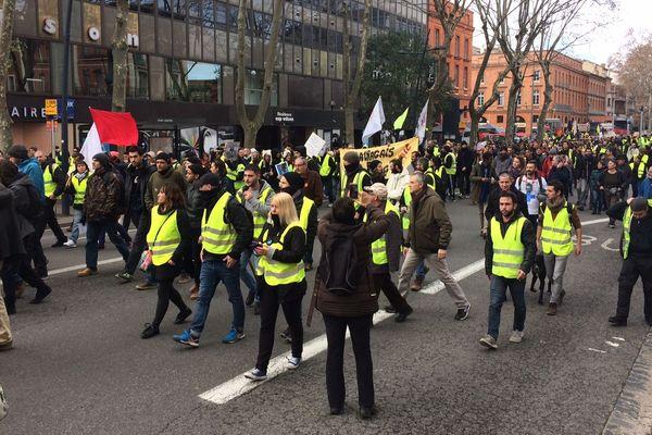 """La manifestation des Gilets jaunes lors de leur """"acte XI"""" à Toulouse"""
