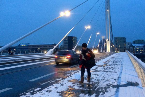 Le pont Tabarly à Nantes, le 6 février 2018 au matin