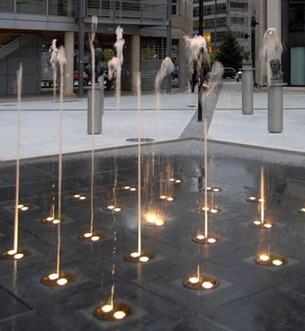Montpellier - la fontaine de la place de la Révolution - archives