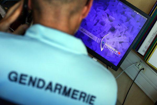 La gendarmerie du Calvados dénoncent de fausses accusations pédophiles sur internet.