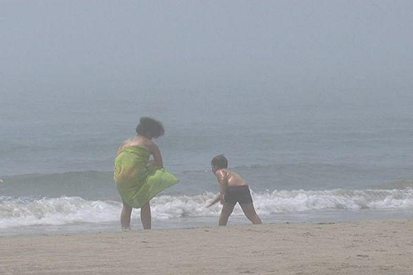Brouillard sur la plage de la Grande-Motte