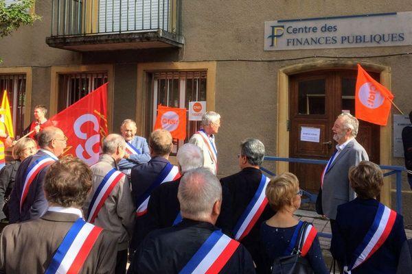 La fin généralisée des centres des finances publiques. Ici à Ars-Sur-Moselle. Faut-il maintenir, ou inventer d'autres système d'accès aux services publics ?