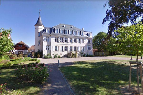 Pour permettre aux étudiants de travailler dans de bonnes conditions, le château de Dorlisheim (Bas-Rhin) les accueille sur inscription dès le 25 janvier.