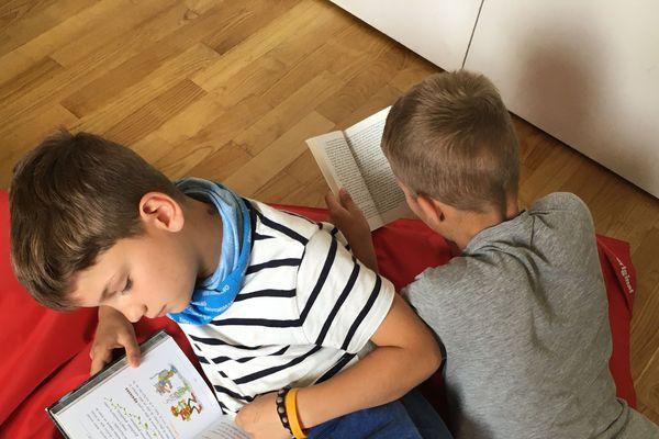 """""""Les petits champions de la lecture"""": un concours à destination des élèves de CM2."""