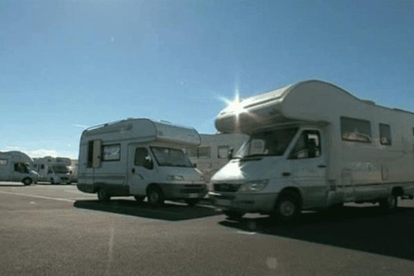La commune des Saintes Maries de la Mer a aménagé une aire de 600 places pour les camping-cars