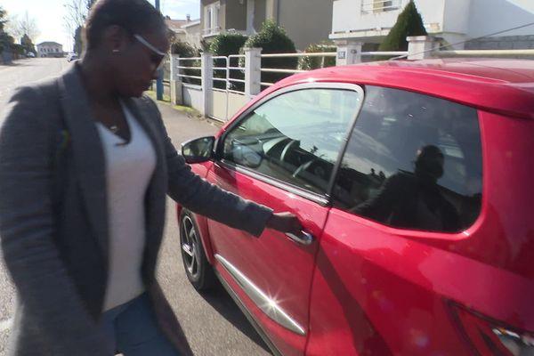 Mame Galatry Barry et sa voiture sans permis