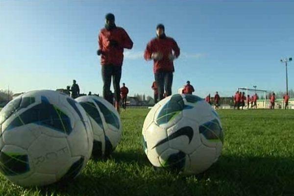 Les joueurs du FC Rouen à l'entraînement.