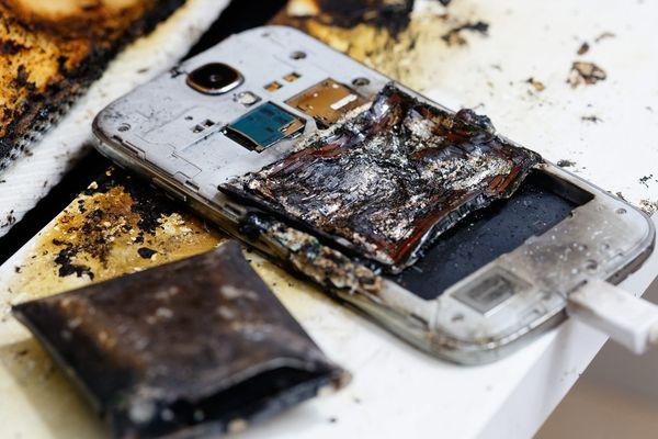 En 2014, le téléphone portable d'une adolescente avait pris feu à Sanary-sur-mer (Var)