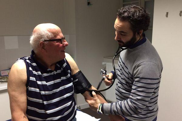 Deux médecins espagnols viennent de s'installer à Saugues.